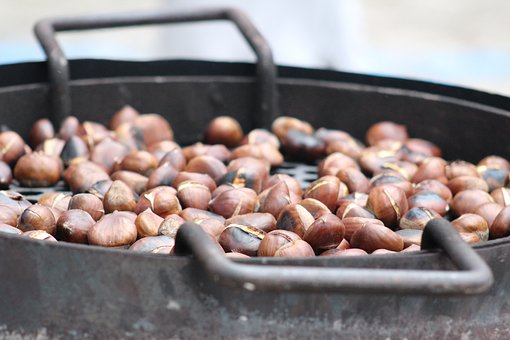 roasted-chestnuts-2881862__340